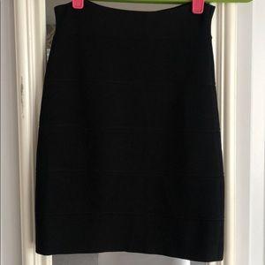 BCBG Simone Textured Power skirt Black